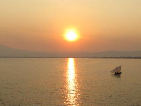 Lake Tanganjika - Sonnenuntergang - Dhow