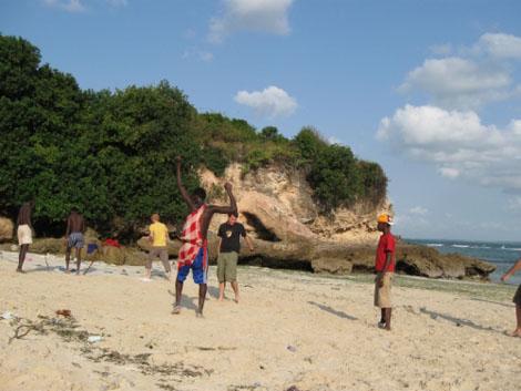 Strandfussball - Massai - Indischer Ozean