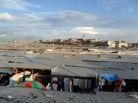 Kumasi der grösste Markt Ghanas