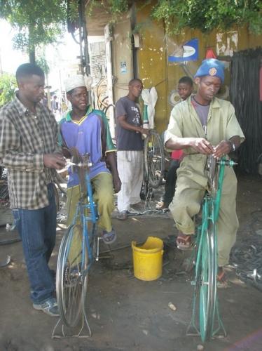 Fahrrad als Schleifmaschine