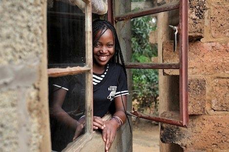 stolze Hauseigentümerin in Sambia