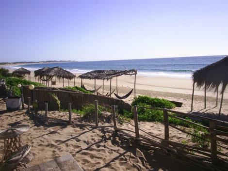 Tofo Beach Überdachte Hängematten