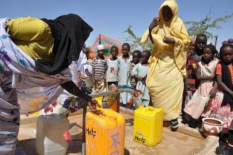 Wasserversorung von Flüchtlingen