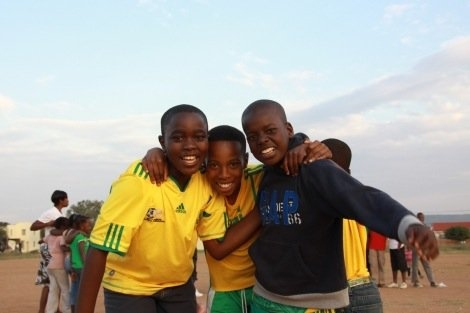Fußballprojekt - Kick-It Rephele Community Development Project